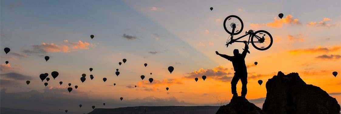headerfoto_mevelo_osnabrueck_fahrradfahrer_heissluftballons