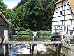 Foto: Brücke an alter Mühle