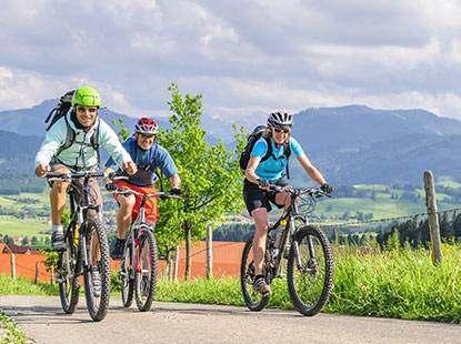 Radreise mit den Kollegen! Geführte Fahrradtour.